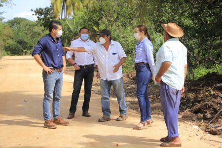 El alcalde Diego Ávila apoya a 270 productores de Tekax