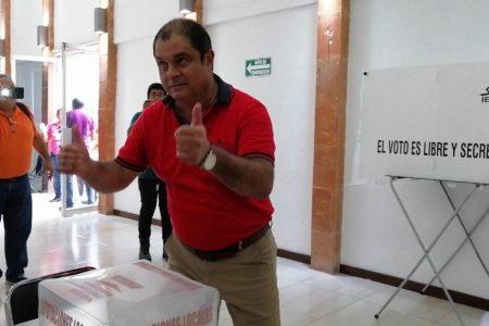 Acusan a 'Billy' Fernández de 'vender' a dos postores a los agremiados del FUTV