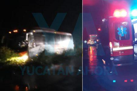 Se accidenta autobús de Oriente: una pasajera embarazada herida