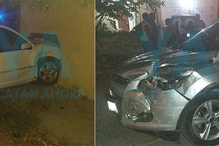 Conductora provoca destructor choque por manejar en sentido contrario