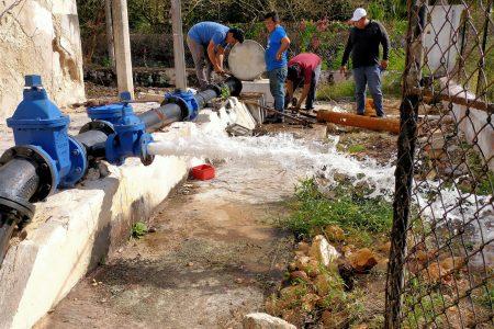 Reemplazan en tiempo récord bomba de agua potable en Kinchil