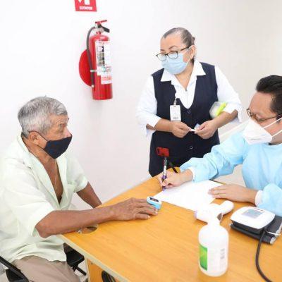 Denuncian que personas no inscritas se están vacunando en los municipios