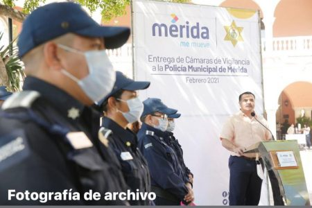Capacitan a policías municipales en Lengua de Señas Mexicana