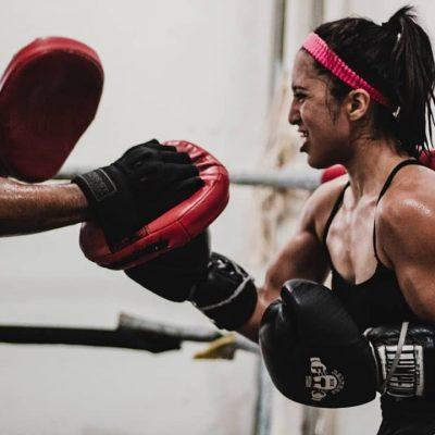 La pandemia no frena a Jessica Basulto, quien desea triunfar en el boxeo profesional