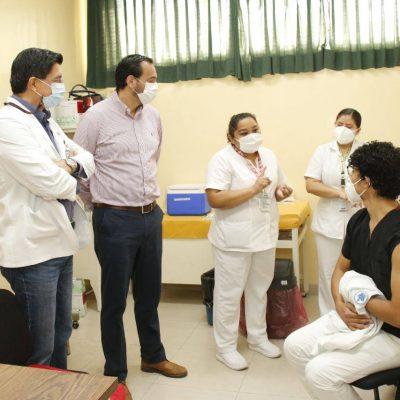 Inicia aplicación de segundas dosis de vacuna Covid-19 al personal de salud