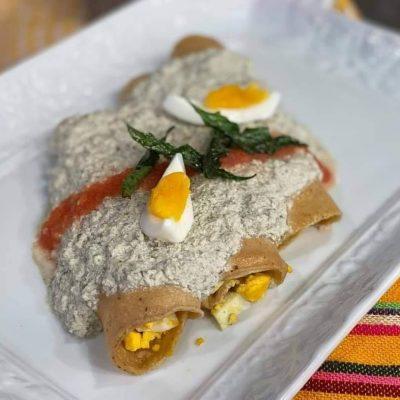 Chef de Venga la Alegría prepara papadzules y termina 'ofendiendo' a los yucatecos