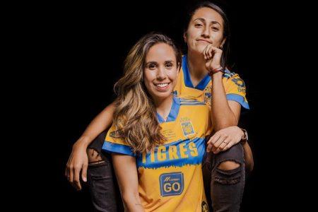 Las campeonas mexicanas que tuvieron que luchar por su historia de amor en el fútbol