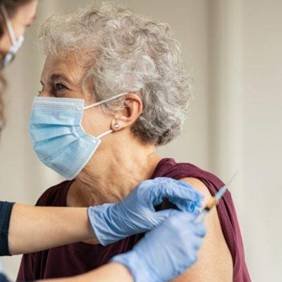 El próximo domingo 14 de febrero inicia vacunación a los adultos mayores