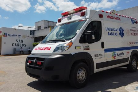 Fonatur entrega ambulancias a comunidades de Tabasco, Yucatán y Quintana Roo