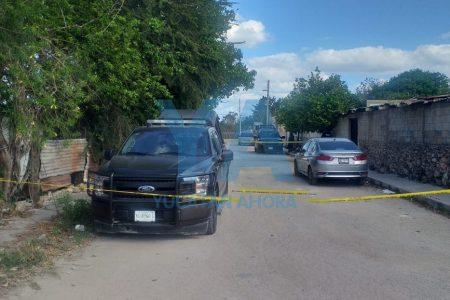 Abandonan en Kanasín un auto robado