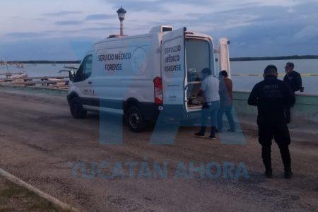 Encuentran cadáver en el malecón de Río Lagartos