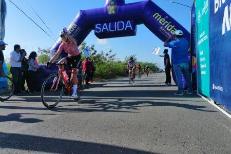 La Rodada Naranja Femenil se realiza con 40 aguerridas pedalistas