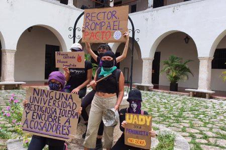 Rompa el pacto patriarcal, exigen estudiantes al rector de la UADY