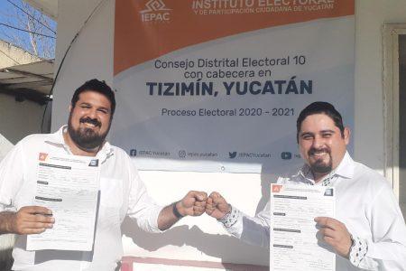 Esteban Abraham Macari presenta su registro como candidato a diputado por el X Distrito
