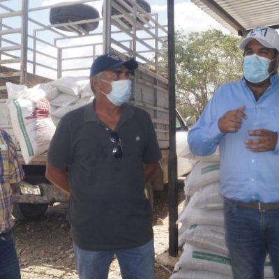 Inicia la entrega de apoyos a ganaderos del oriente, para amortiguar la sequía