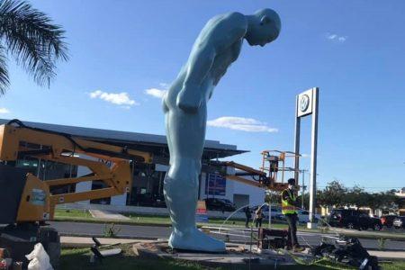 Avanza la instalación del 'Greetingman', la escultura regalo de Corea a Mérida