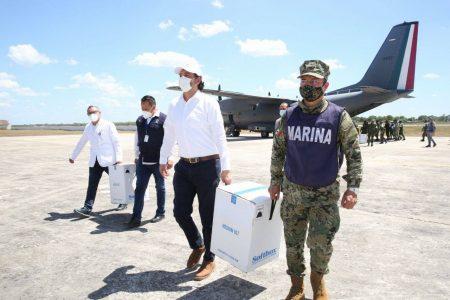 Llega a Yucatán lote de 28,440 vacunas de Covid-19 para adultos mayores