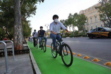 Entregan el Gobernador Mauricio Vila y el Alcalde Renán Barrera la ciclovía en Paseo de Montejo