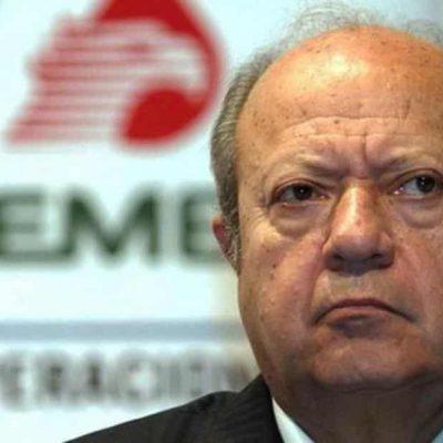 Tras exhorto de AMLO, Romero Deschamps renuncia 'voluntariamente' a Pemex