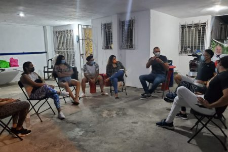 Víctor Cervera denuncia privatización de servicios públicos en Mérida