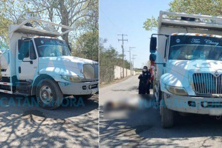 Menor que iba sentado encima de un camión pierde la vida luego de golpearse la cabeza