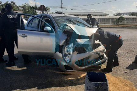 Fuerte choque deja tres heridas en Ciudad Caucel