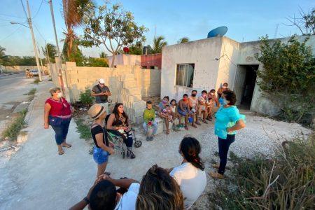 Triste situación viven en el sur profundo de Mérida, denuncia Nelly Ortiz, la Abeja Reina