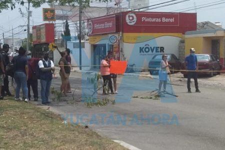 Por falta de luz desde hace tres días, bloquean la avenida Jacinto Canek