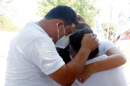 Emotivo arranque de campaña de Edwin Bojórquez en Kanasín