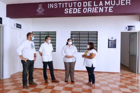 Instituto Municipal de la Mujer acerca servicios de psicología y orientación legal al oriente de Mérida
