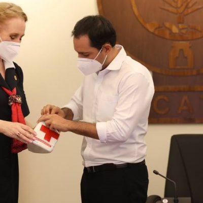 Mauricio Vila Dosal pone en marcha en Yucatán la Colecta Nacional de la Cruz Roja
