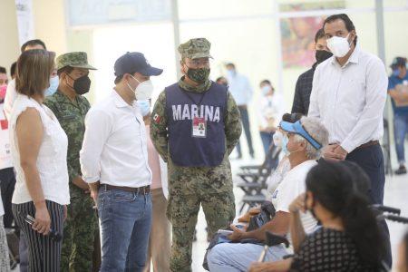 Adultos mayores de 99 municipios de Yucatán ya con la primera dosis de la vacuna contra Covid-19