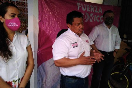 Ismael Peraza se compromete a devolverle a Mérida su carnaval