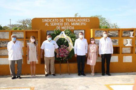 El alcalde Alejandro Ruz reconoce el esfuerzo de los servidores públicos municipales