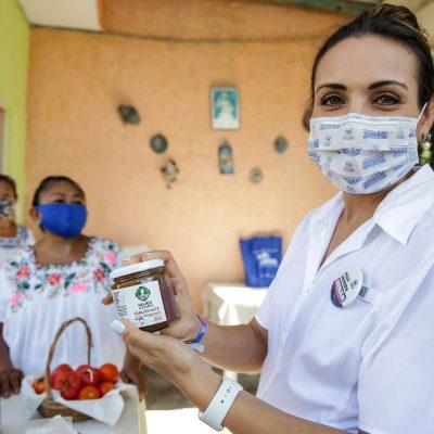 De la mano de Renán Barrera mujeres productoras de las comisarías darán pasos más firmes hacia su desarrollo
