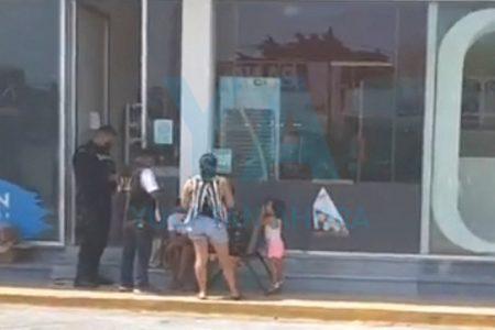 Asaltan a mano armada Six de Xcumpich; se llevan más de 10 mil pesos