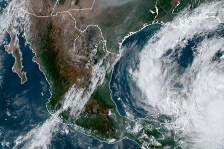 Pronostican ocho huracanes para la temporada 2021, cinco menos que el año pasado