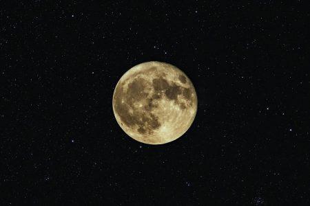 Súper luna y eclipse, el 26 de mayo no olvides mirar al cielo
