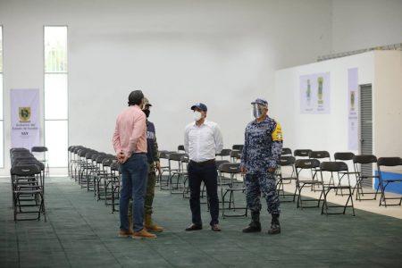 Supervisa Mauricio Vila módulo de vacunación contra Covid-19 para adultos mayores de Mérida