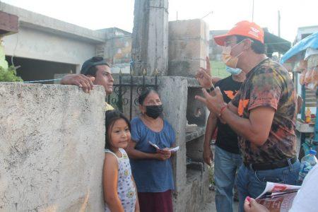 El Químico Luis Jorge Ontiveros visita la comisaría de Xuilub
