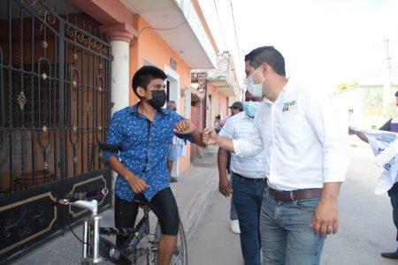 Diego Ávila presenta su Declaración '3 de 3' ante el Observatorio Electoral de Yucatán