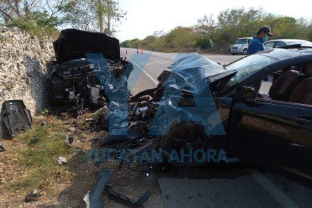 Choque en Temozón Norte, con dos conductores heridos y dos pasajeros desmayados