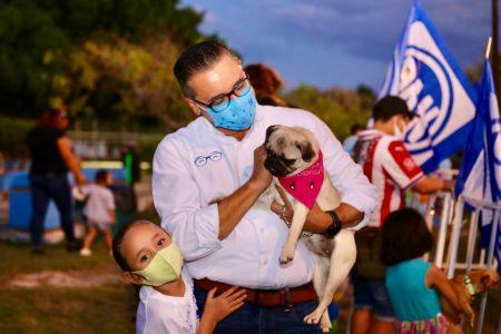 Victor Hugo firma Compromiso Integral por el Bienestar Animal