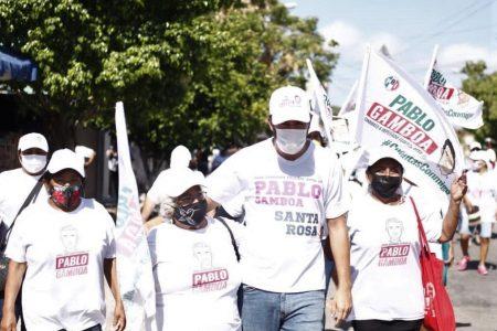 Junto a las familias celebra Pablo Gamboa a las mamás del tercer distrito federal de Mérida