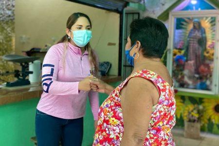 Sólo con apoyos y empleos vamos a superar la pobreza: Pili Santos
