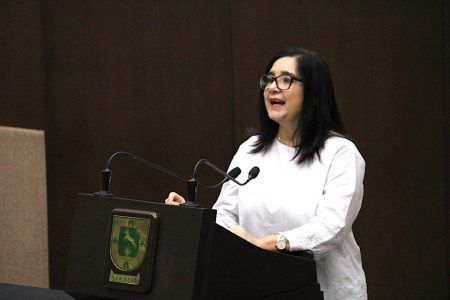 Presentan iniciativa para incluir en la Constitución la figura jurídica sobre identidad de género