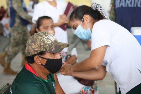 El martes comenzarán a vacunar a personas de 50 a 59 en otros 13 municipios