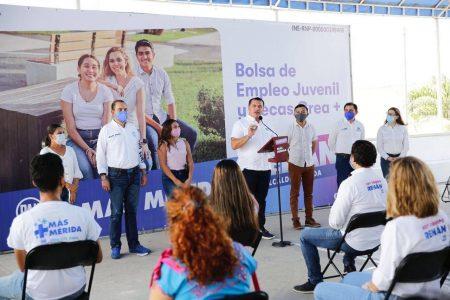 Vamos por más apoyos para empoderar a la juventud de Mérida: Renán Barrera