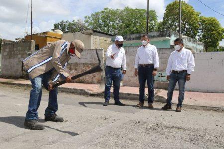 Se refuerzan labores de bacheo y mejoramiento de calles en Mérida ante la actual temporada de lluvias