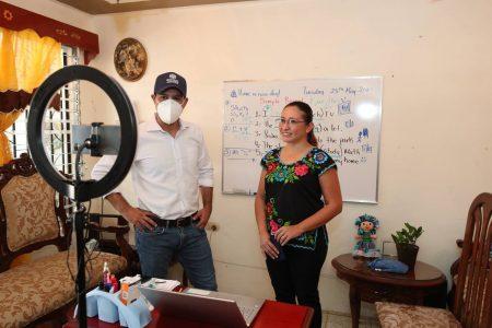 Mauricio Vila presencia clase virtual y escucha las inquietudes de los estudiantes ante el regreso a las aulas